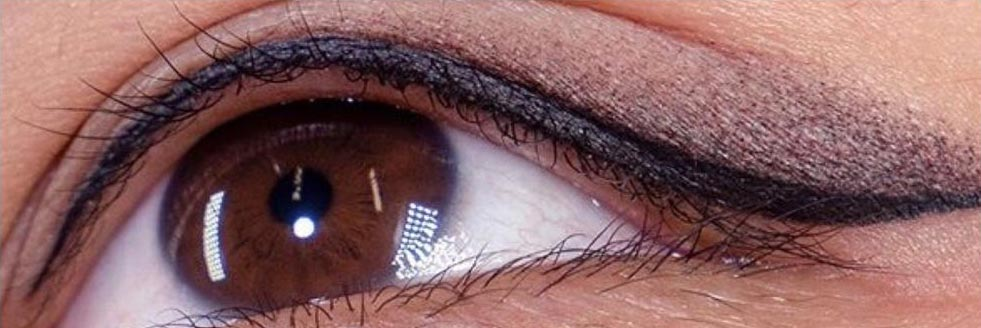 Hoe verloopt een eye-liner behandeling, wat kan ik verwachten?