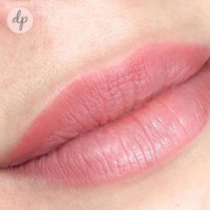 Dermatopigmentatie powder lips 3